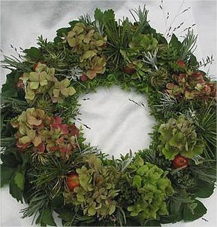 Najaarskrans maken met hortensia, sierappeltjes, siergras,...