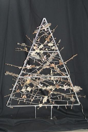 Zelf een blijvende kerstboom met ledverlichting maken