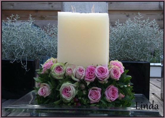 romantisch bloemstuk met rozen