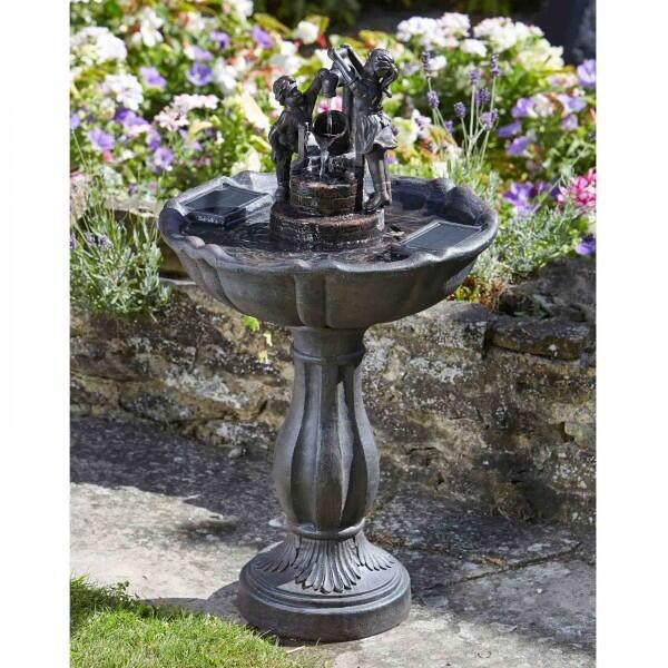 fontein op zonne energie kopen buy tipping pail fountain drinken en baden tuinvogels. Black Bedroom Furniture Sets. Home Design Ideas