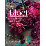IN BLOEI door Clare Nolan