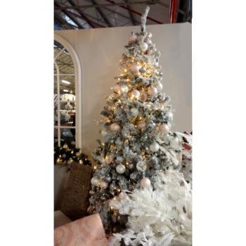 Witte Kunststof Kerstboom Kopen Namaak Besneeuwde Kerstboom